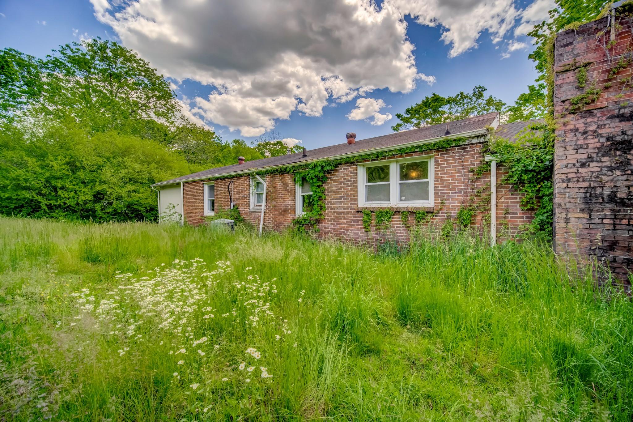 5333 Whites Creek Pike Property Photo