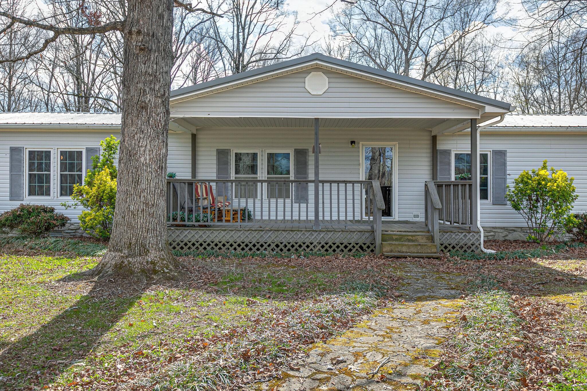 25 Ward Rd Property Photo - Loretto, TN real estate listing