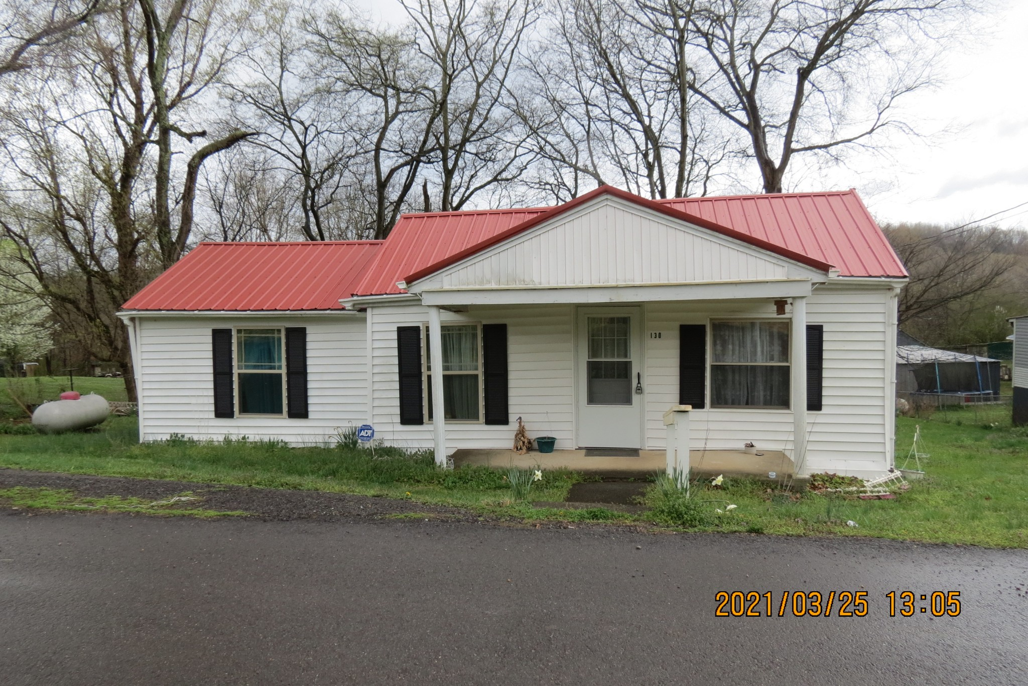130 Rooster St Property Photo - Indian Mound, TN real estate listing
