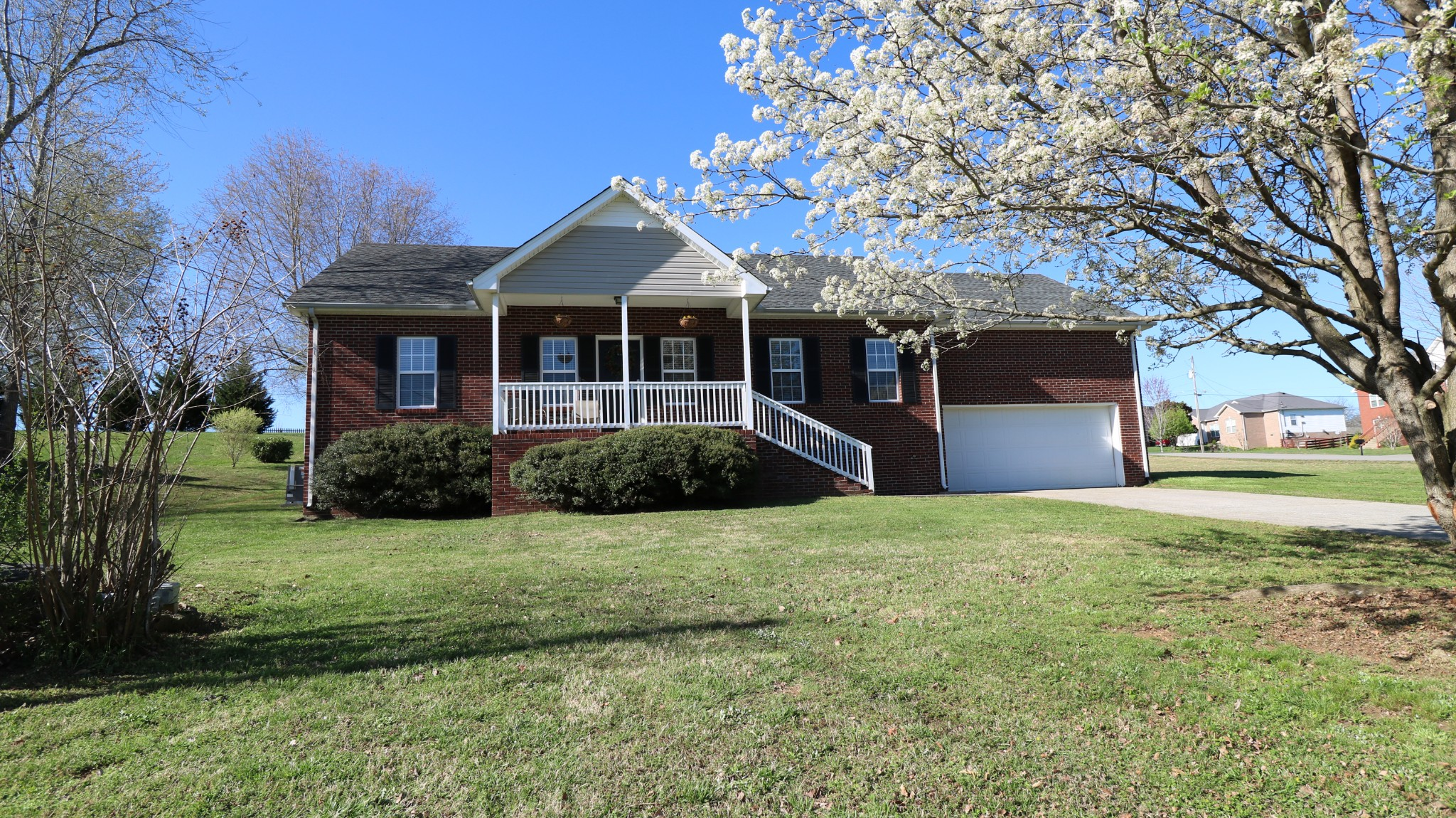 109 Montgomery Bell Dr Property Photo - Burns, TN real estate listing