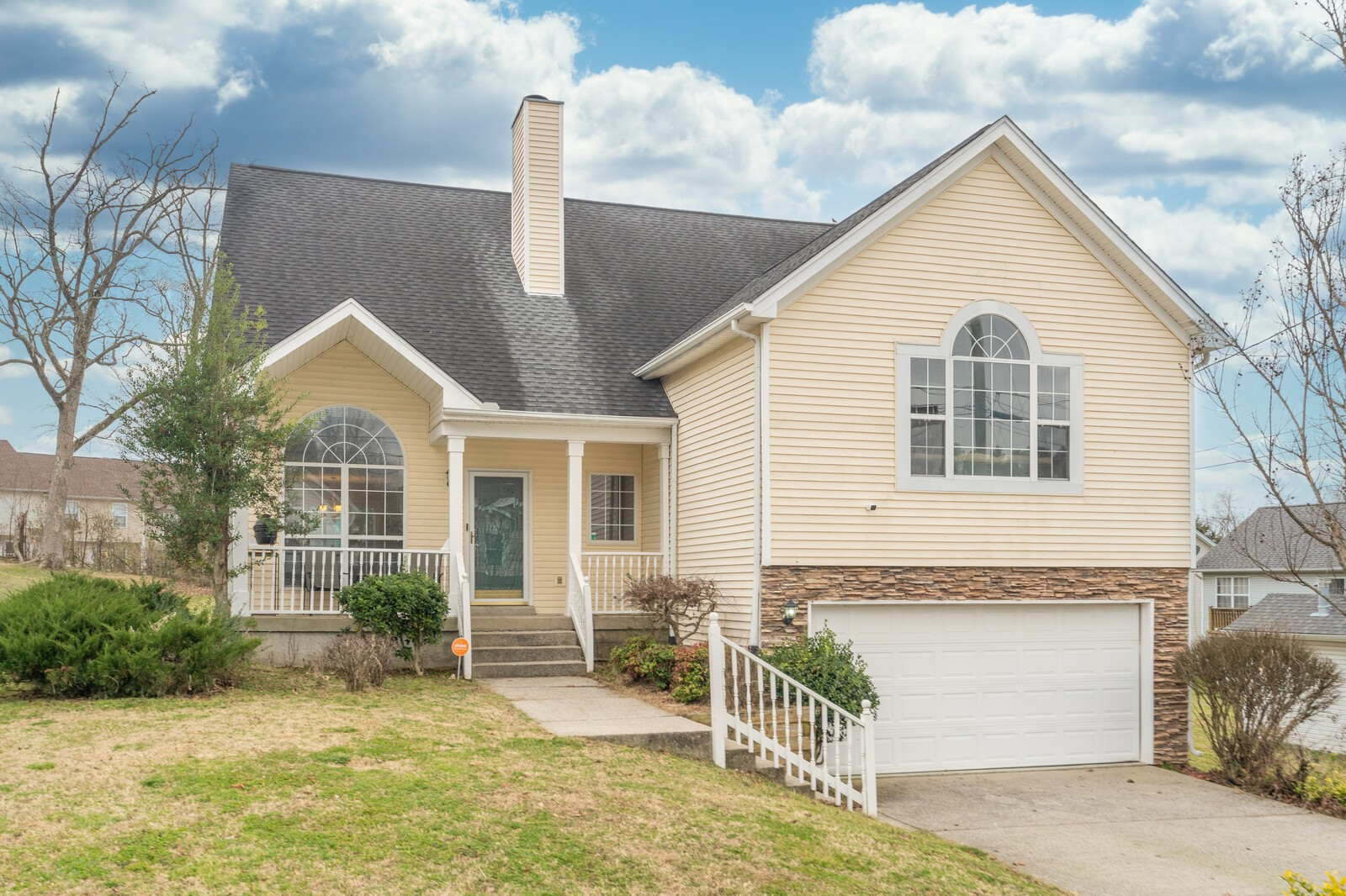 3604 Longhaven Xing Property Photo - Antioch, TN real estate listing