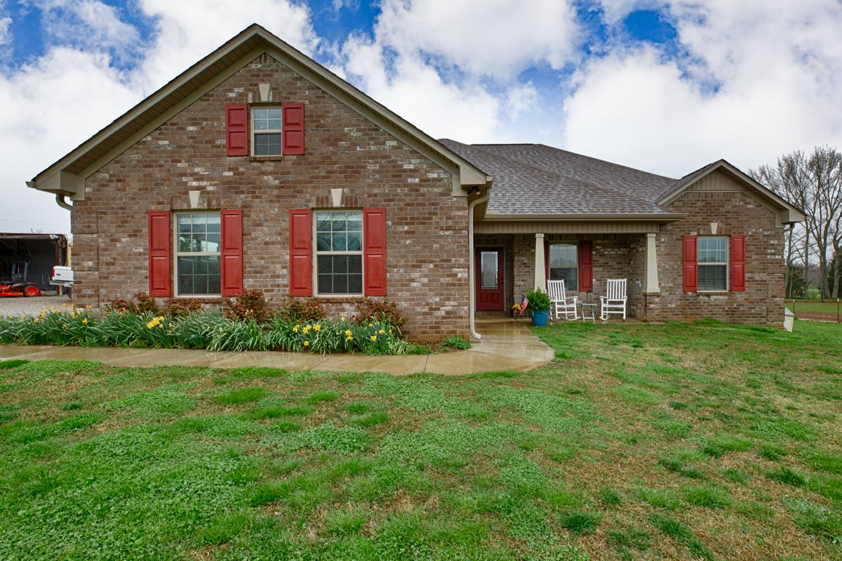 27 Maddox Ln Property Photo - Ardmore, TN real estate listing