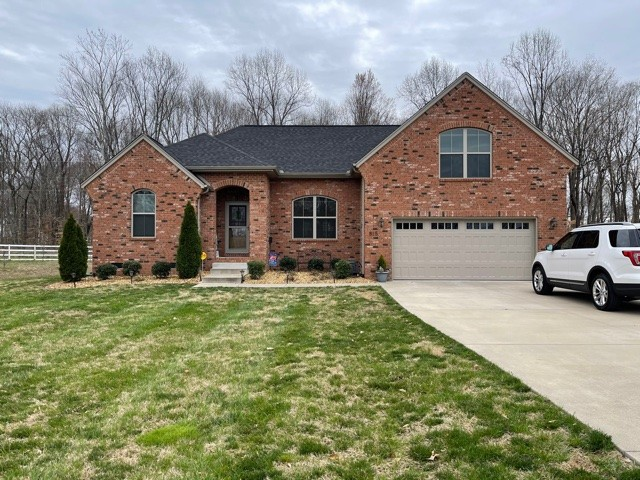 815 Cottonwood Ct Property Photo - Springfield, TN real estate listing