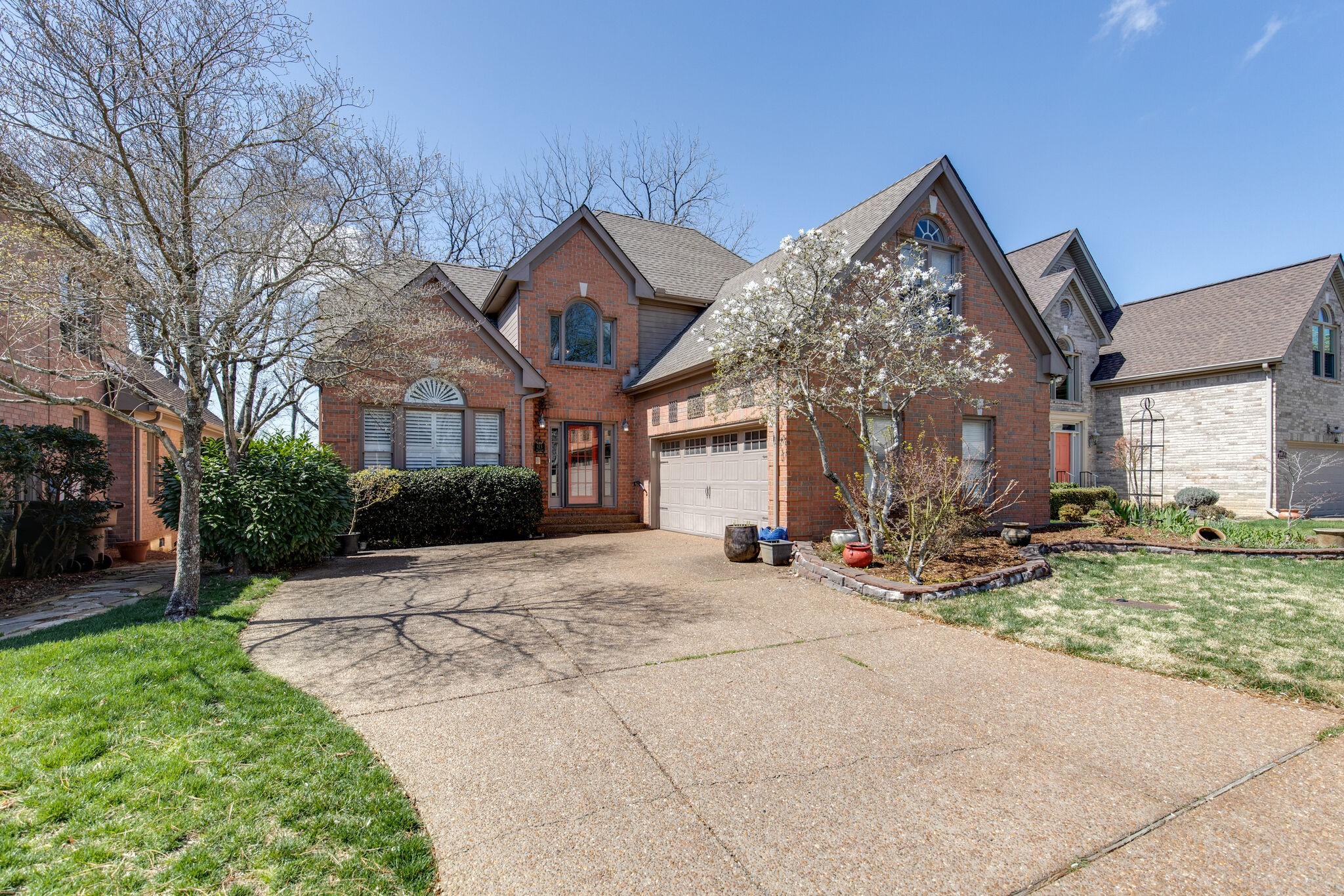 123 Chuzzlewit Down Property Photo - Brentwood, TN real estate listing