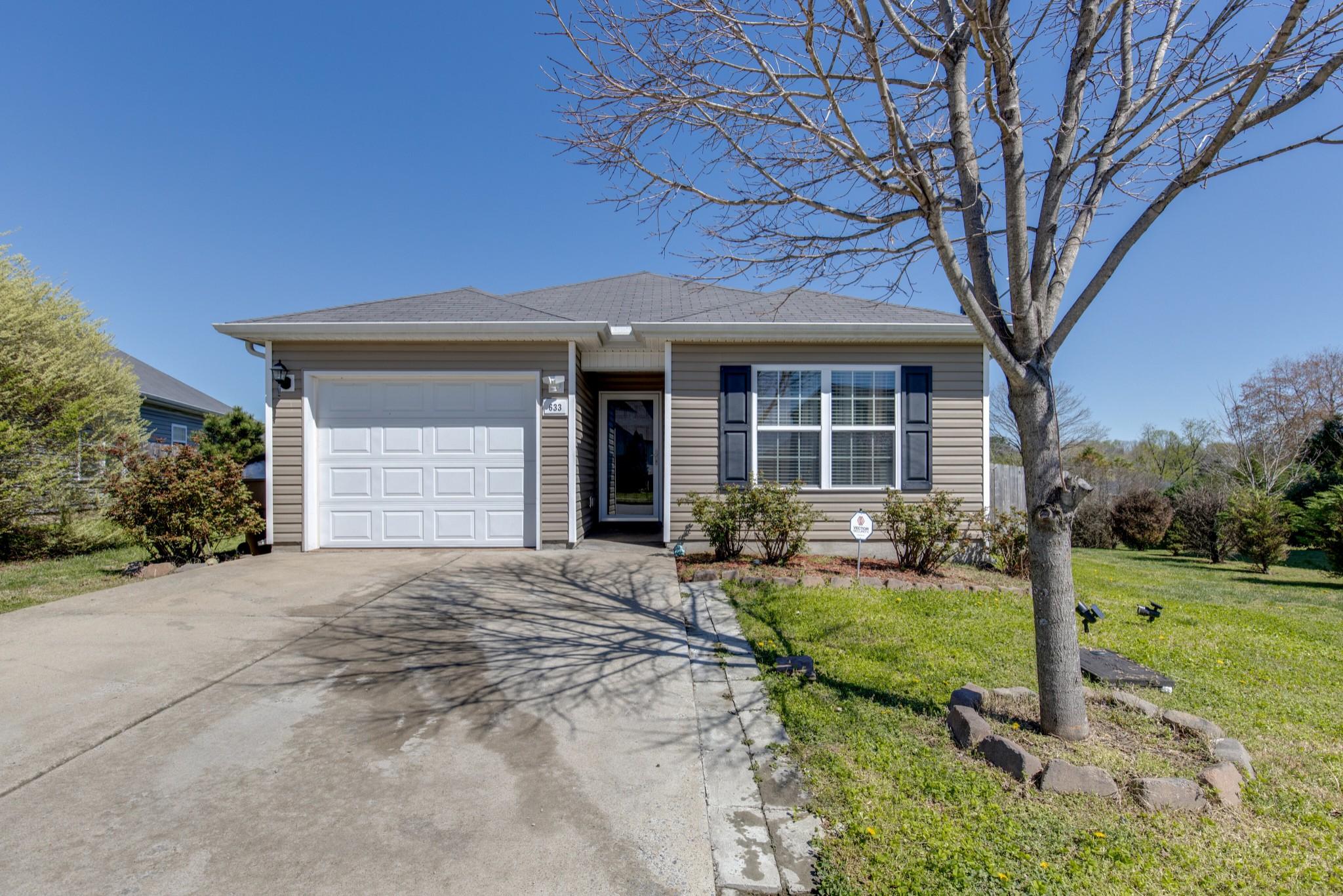 633 Hays Blackman Loop Property Photo - Antioch, TN real estate listing