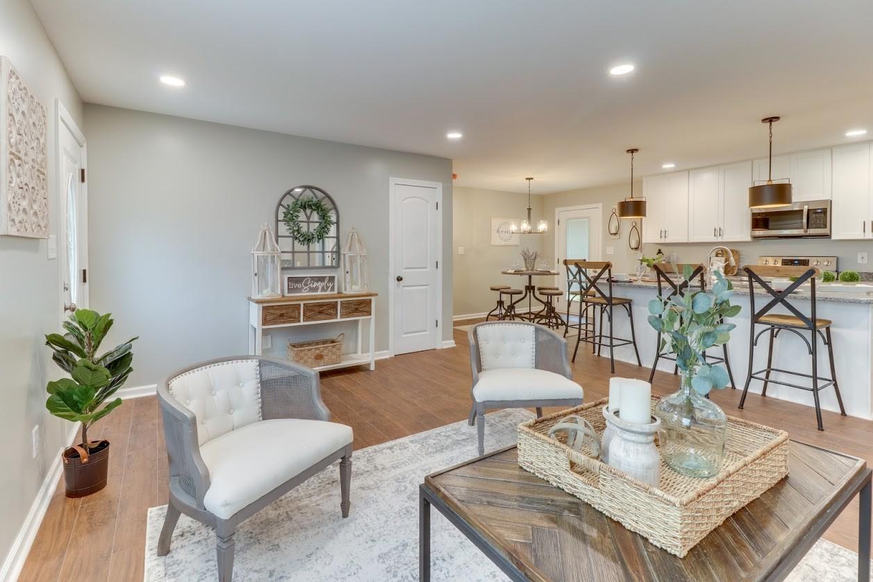 300 Melinda Dr Property Photo - Clarksville, TN real estate listing