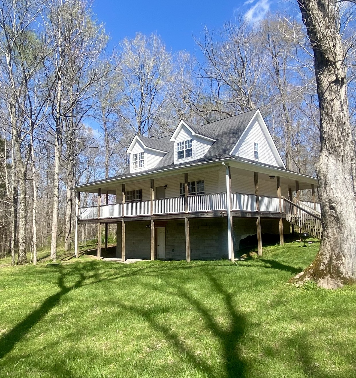 1050 Fagen Chapel Rd Property Photo - Charlotte, TN real estate listing