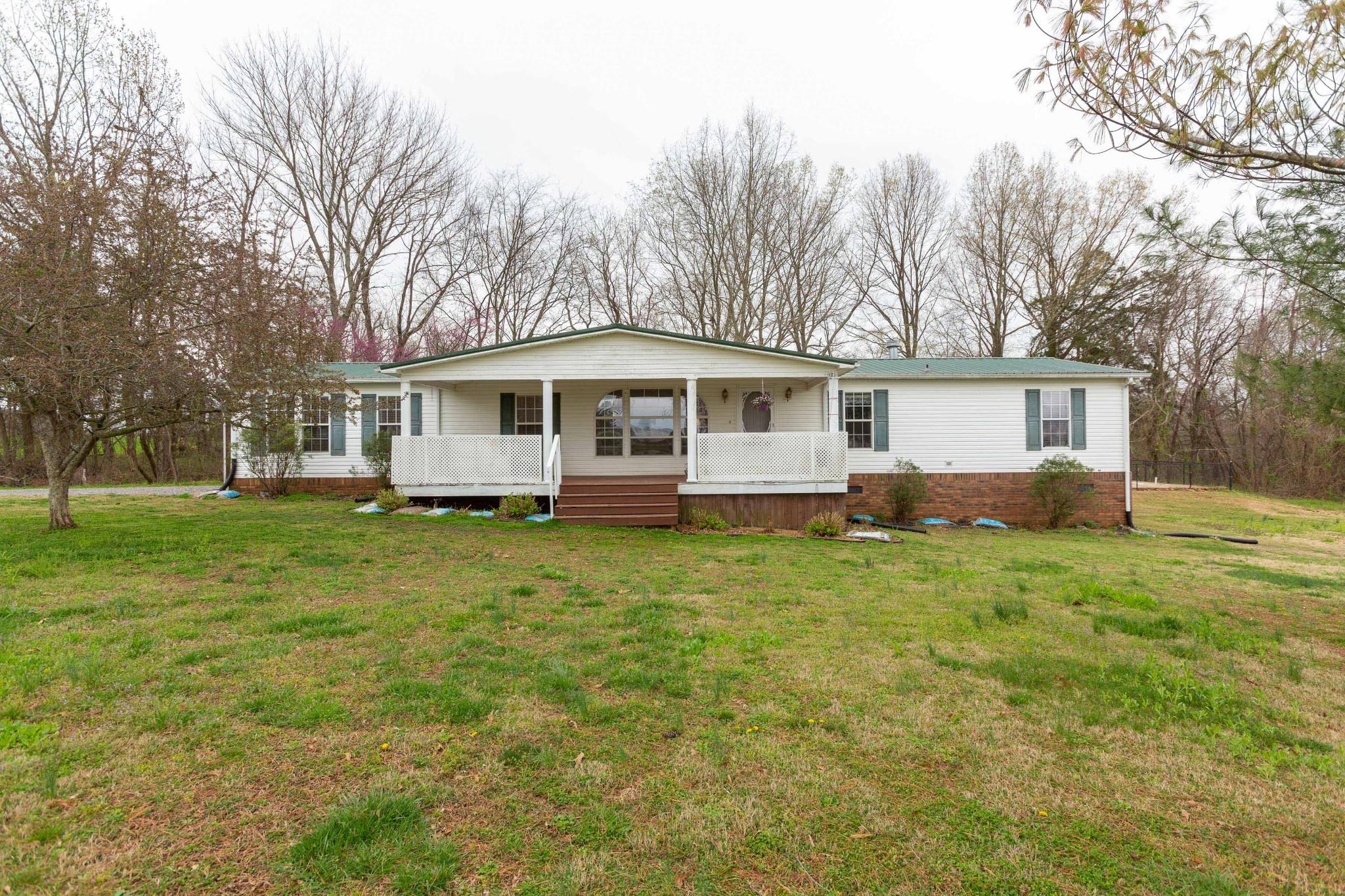 5425 Ashburn Rd Property Photo
