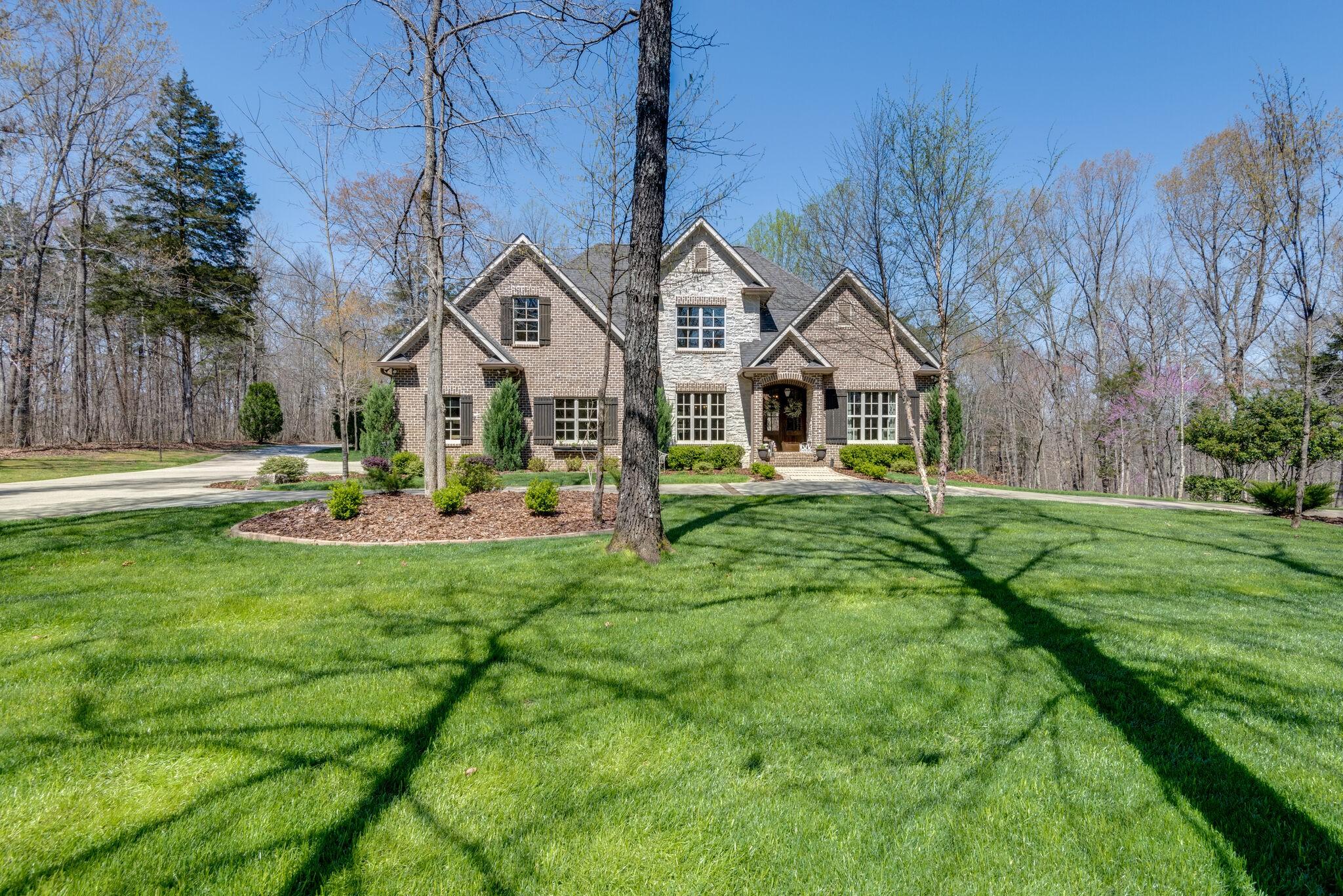 Burns Real Estate Listings Main Image