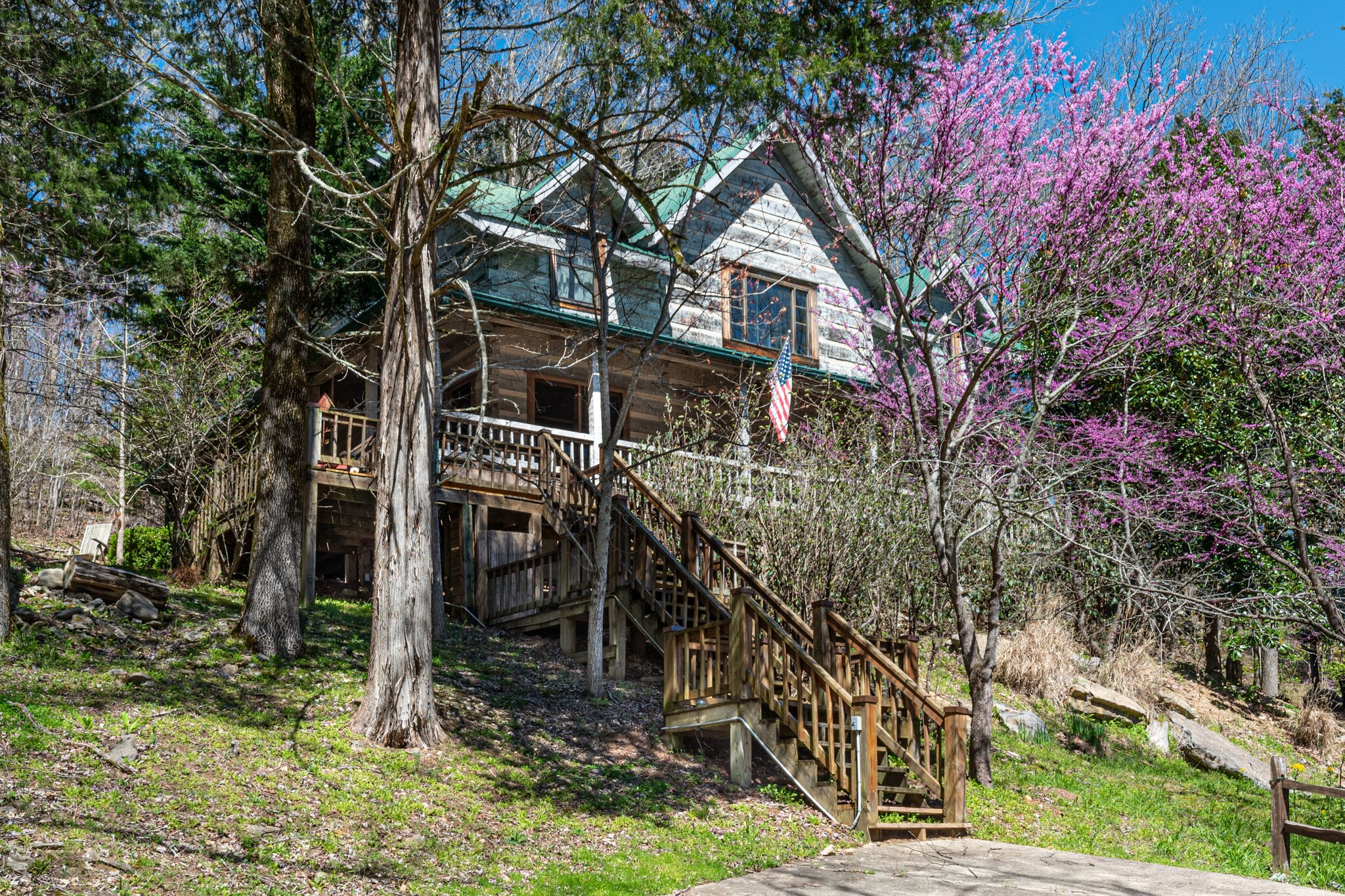 135 Bay Dr Property Photo - Lancaster, TN real estate listing