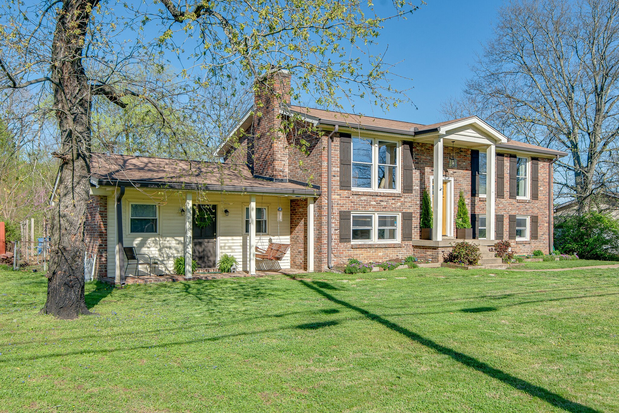 1225 Neelys Bend Rd Property Photo - Madison, TN real estate listing