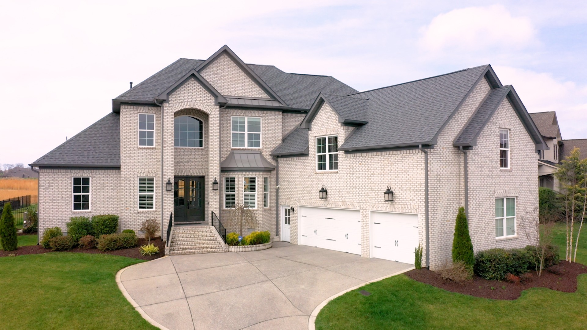 1069 Albatross Way Property Photo - Gallatin, TN real estate listing