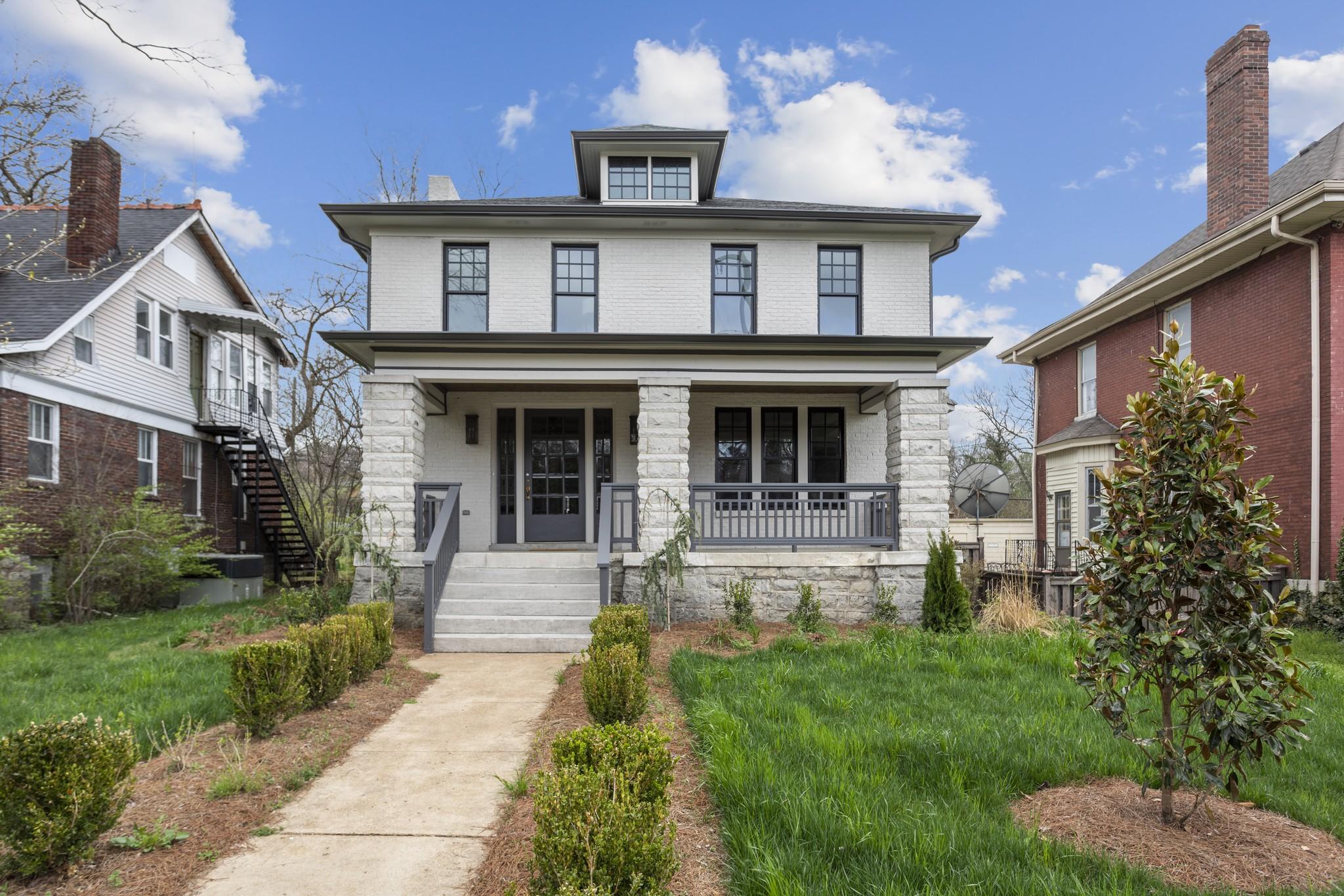 2302 Belmont Blvd Property Photo - Nashville, TN real estate listing