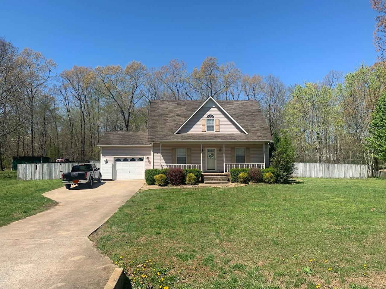 53 Hawthorne Dr Property Photo - Lawrenceburg, TN real estate listing