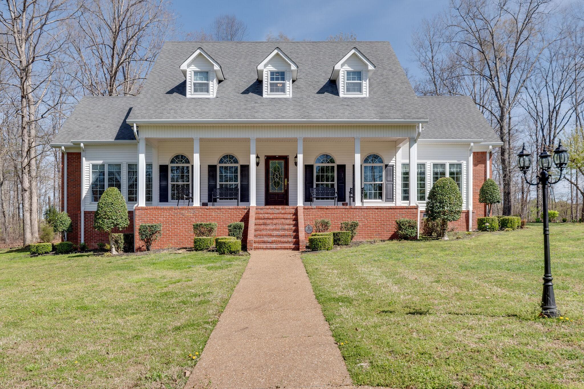115 Courtyard Ln Property Photo - Hohenwald, TN real estate listing