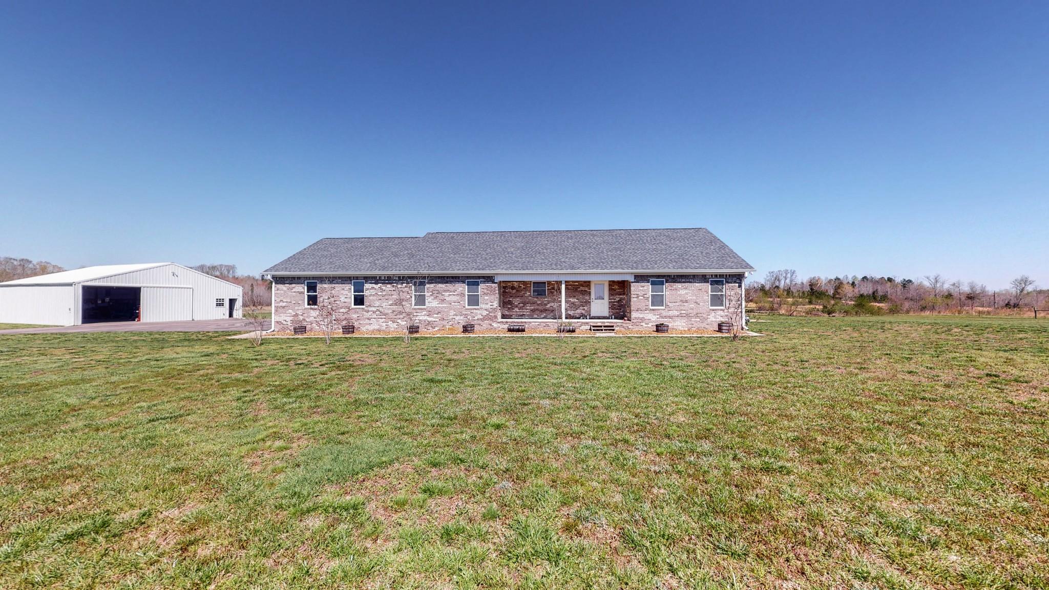 38390 Real Estate Listings Main Image
