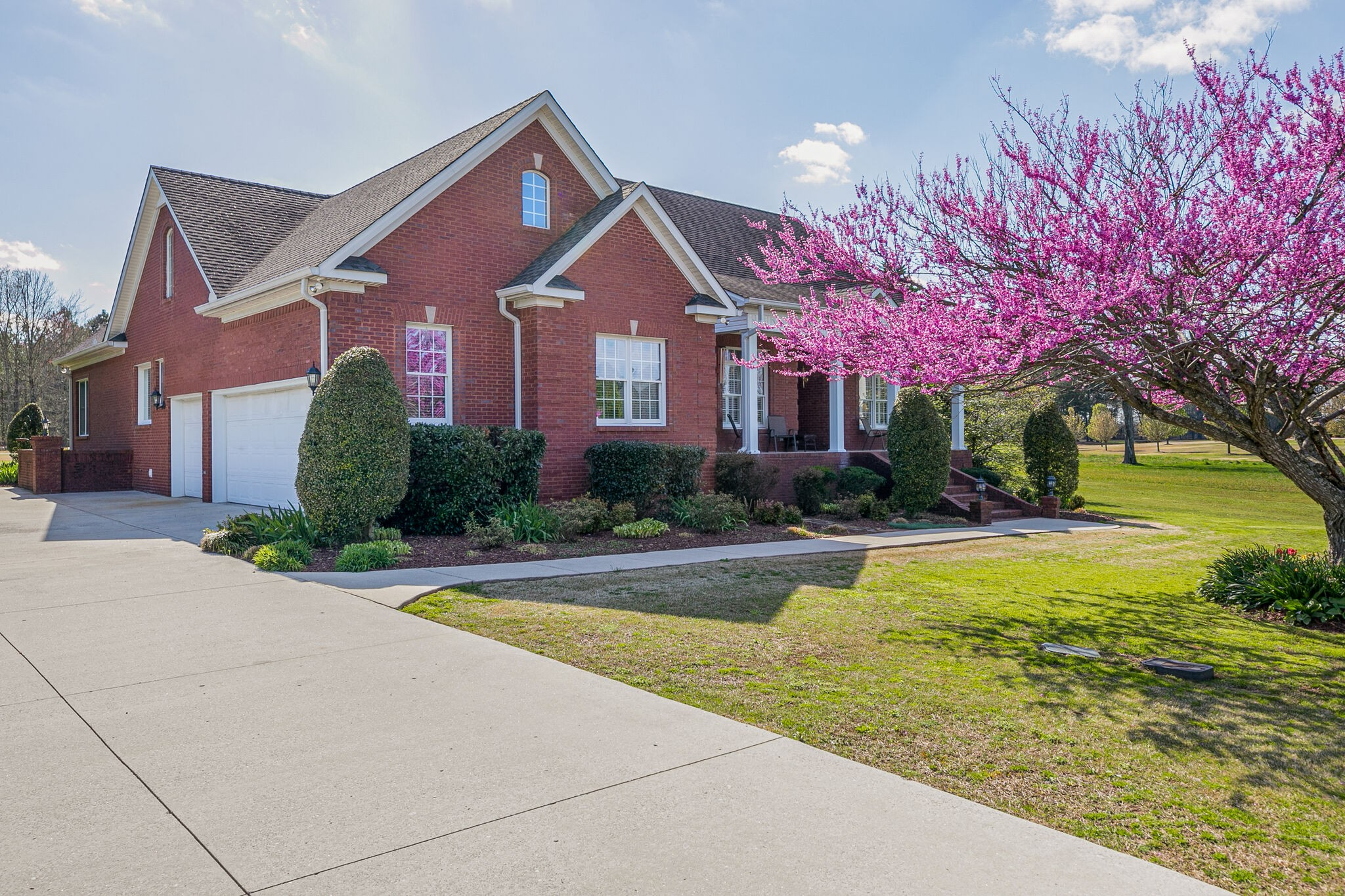 608 Willow Brook Dr Property Photo - Manchester, TN real estate listing