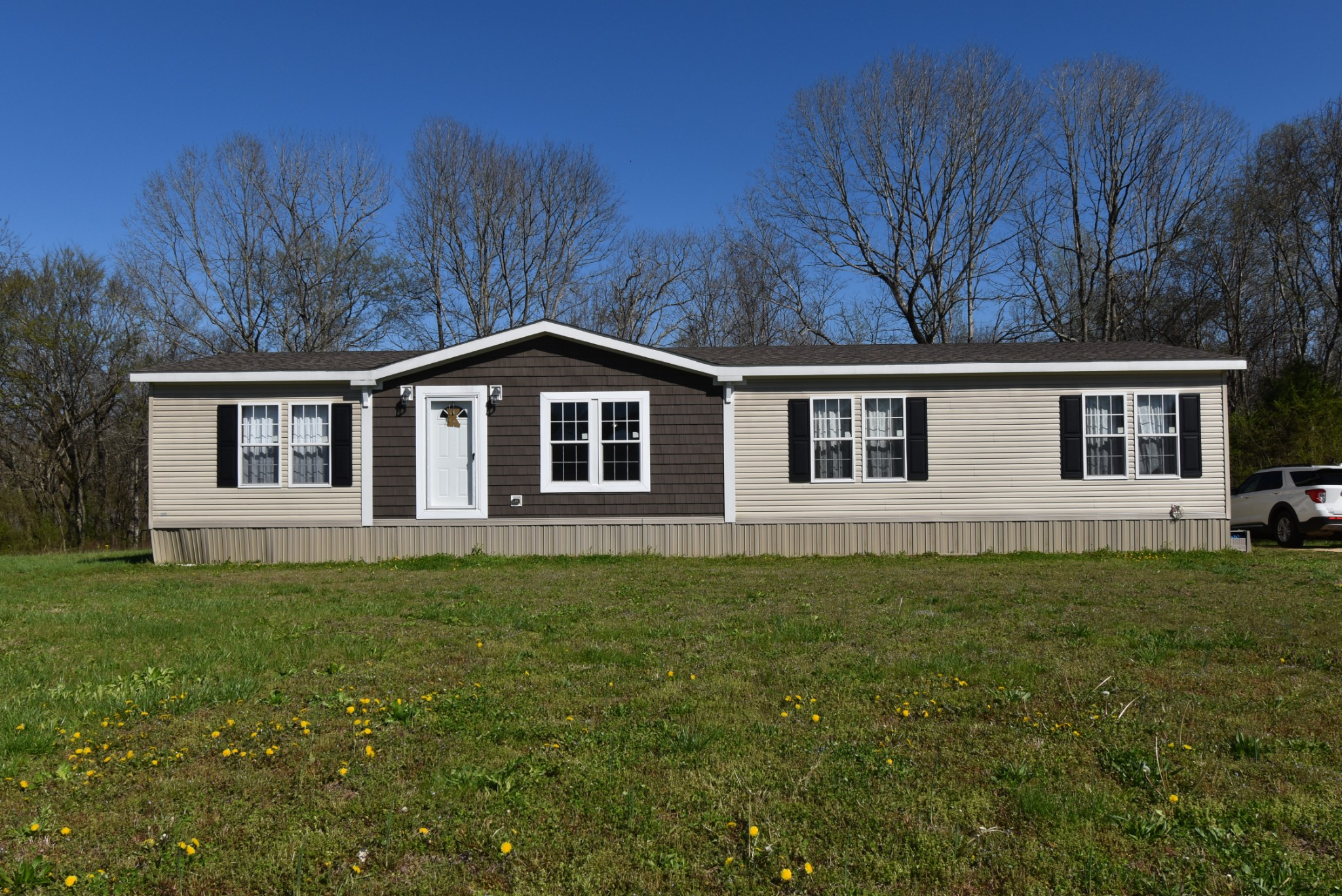 120 Hadley Cir Property Photo - Linden, TN real estate listing