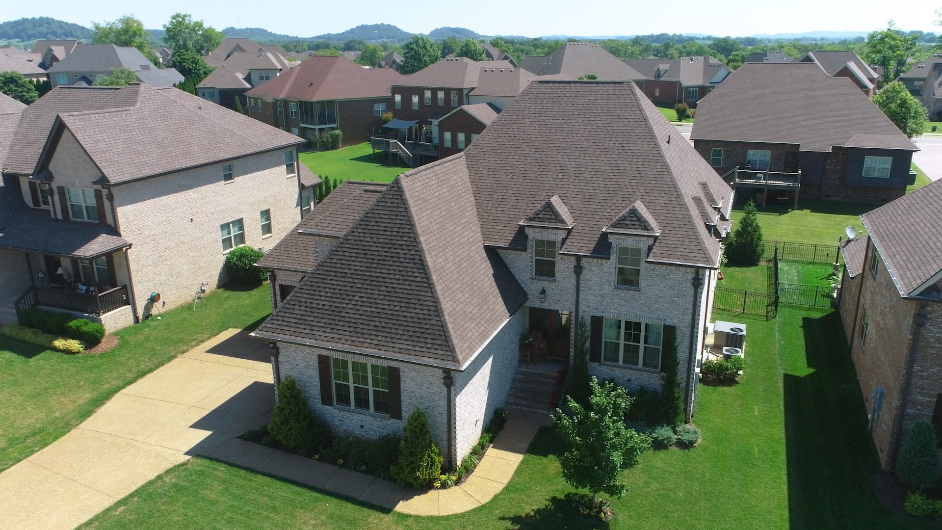 1911 Kittemer Ln Property Photo - Spring Hill, TN real estate listing