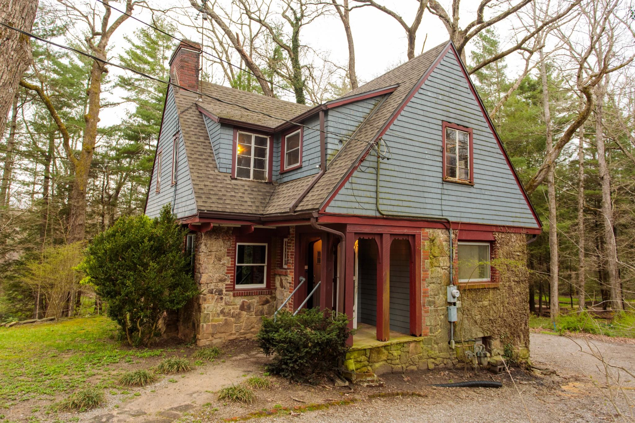 188 South Carolina Ave Property Photo - Sewanee, TN real estate listing