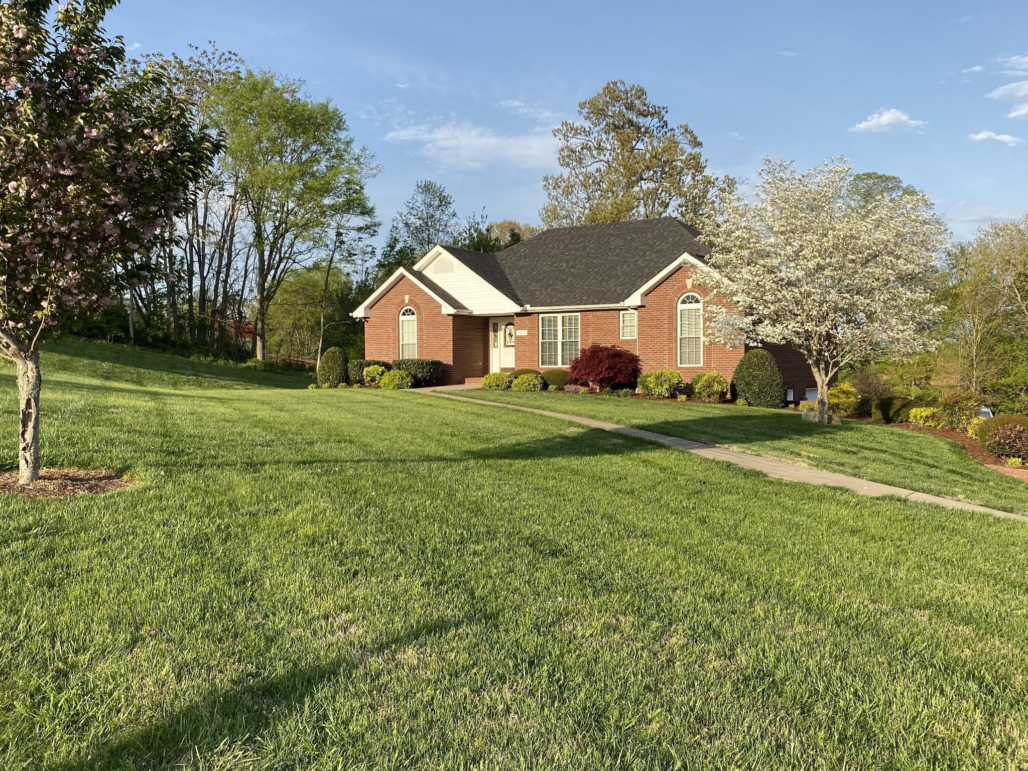 3851 Springdale Ln Property Photo - Cunningham, TN real estate listing