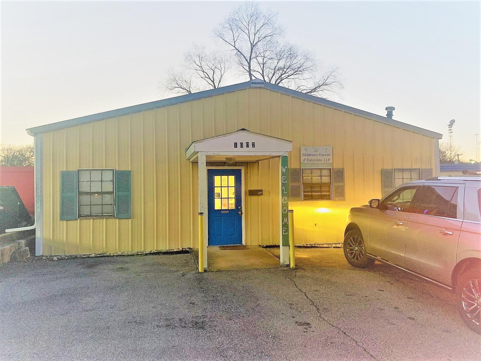 1002 Carmack Blvd Property Photo