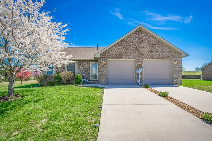202 Villa Ln Property Photo - Sparta, TN real estate listing