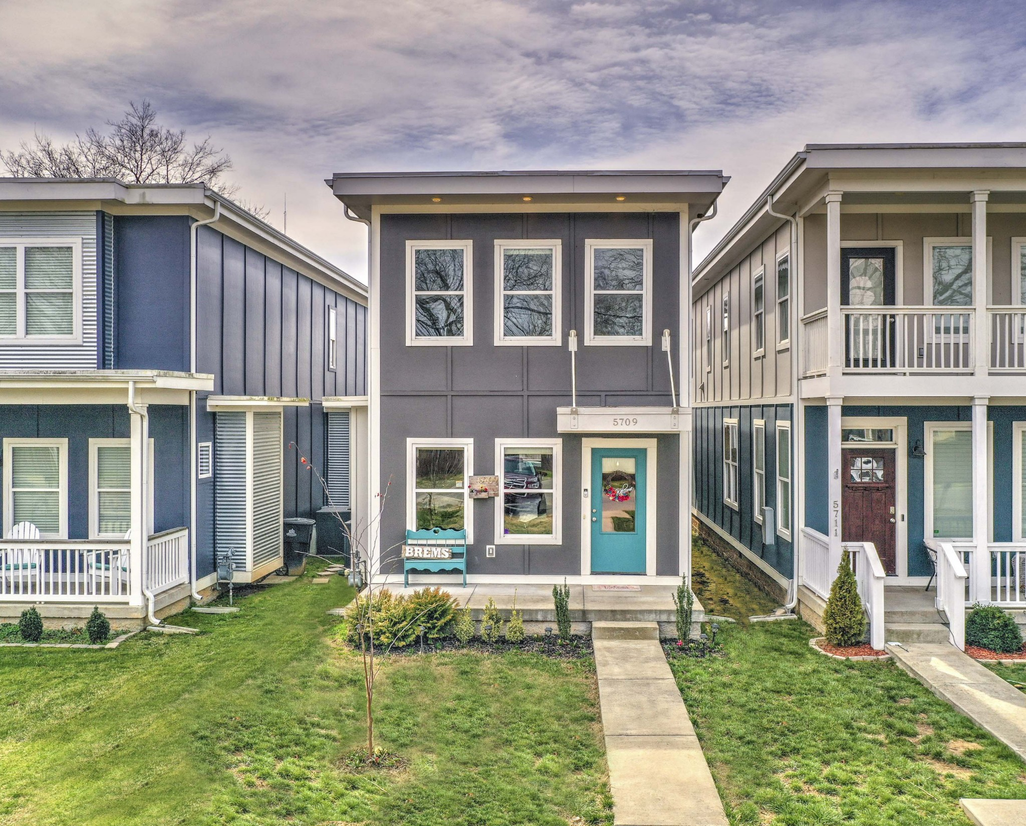 5711 Morrow Road Townhomes Real Estate Listings Main Image