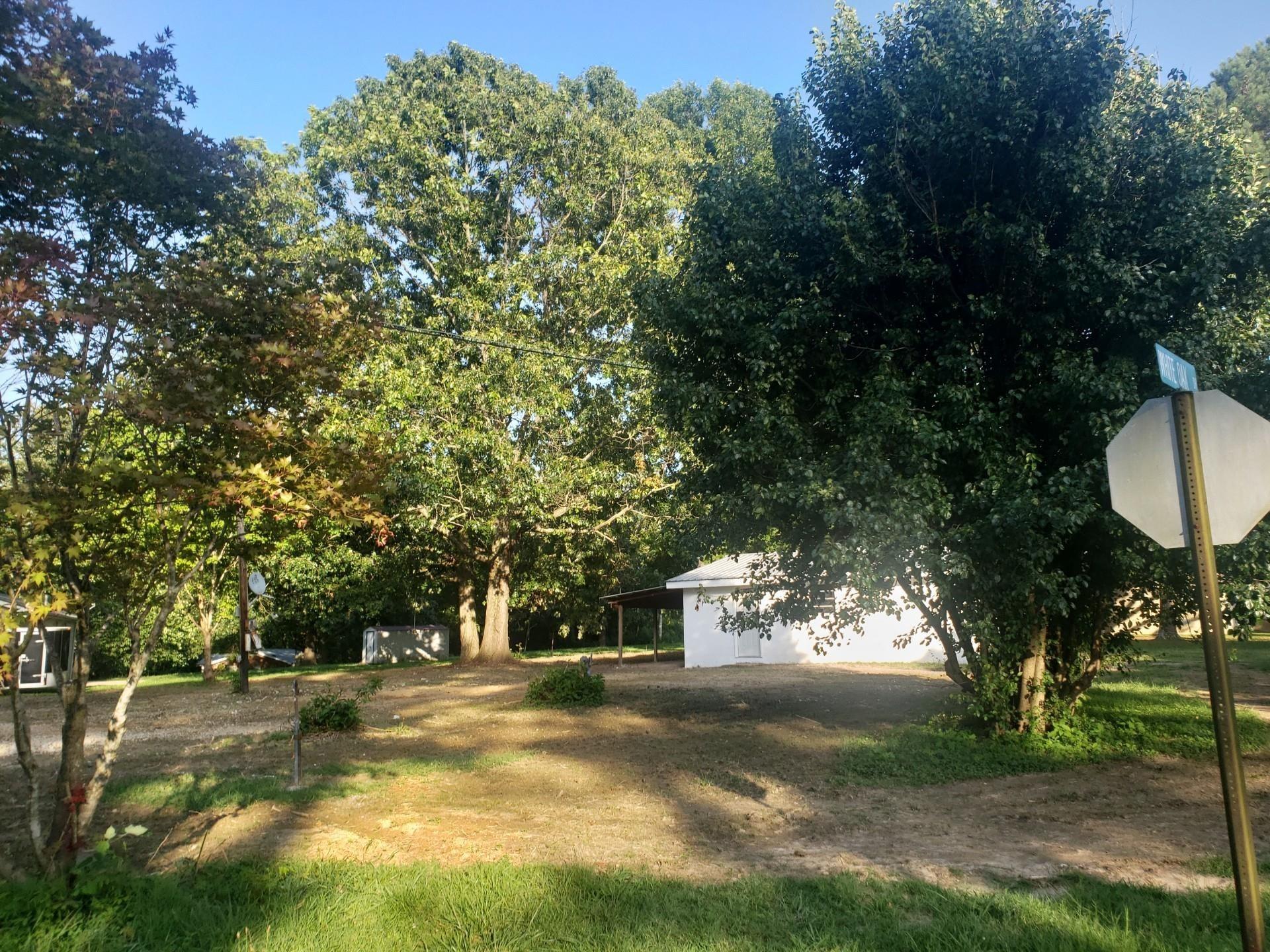 2903 White Oak Dr Property Photo - Nunnelly, TN real estate listing