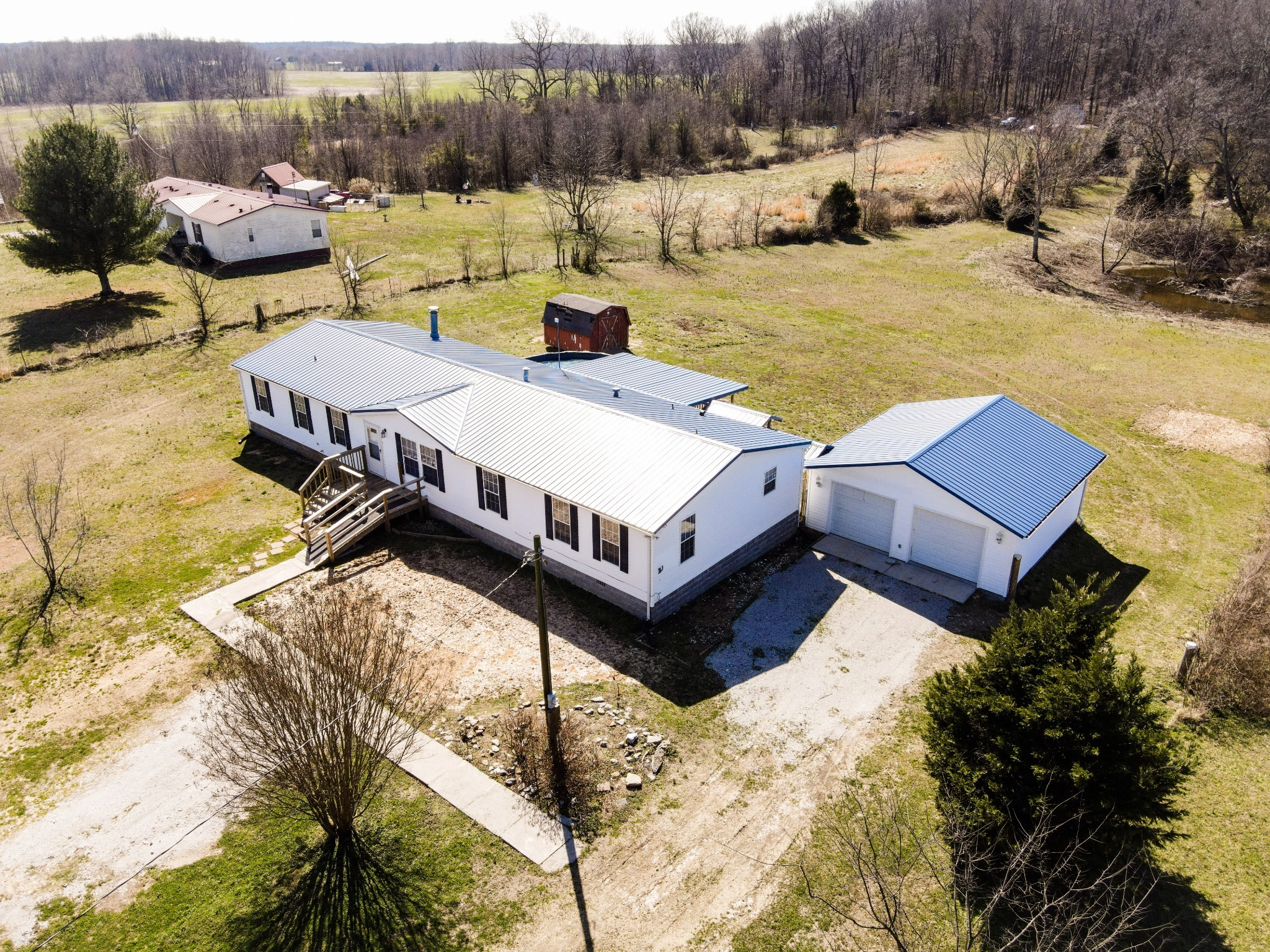 1606 Harpo Rd Property Photo - Manchester, TN real estate listing