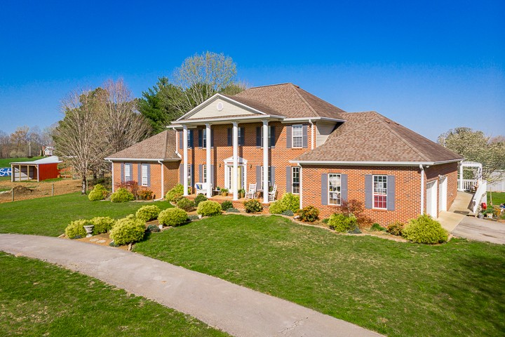 442 Ben La Dr Property Photo - Mc Minnville, TN real estate listing