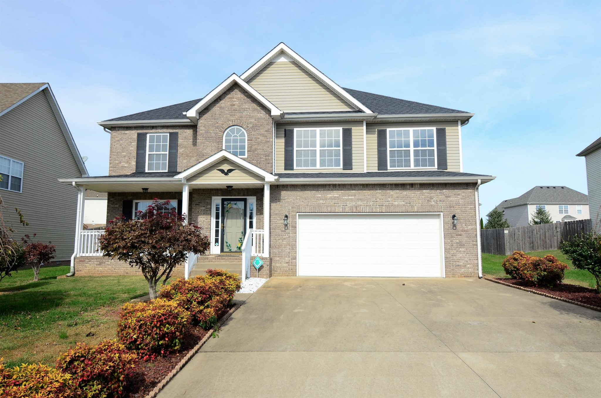 1169 Stillwood Dr Property Photo