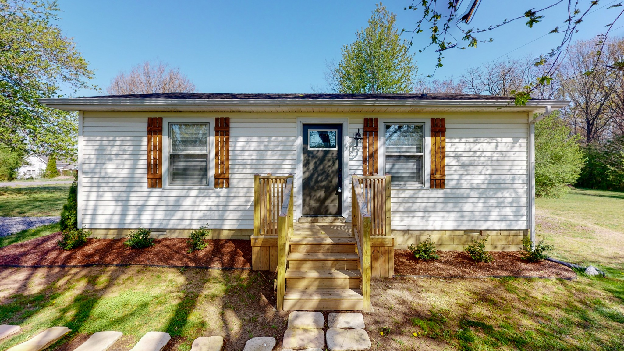 126 New Deal Potts Rd Property Photo - Cottontown, TN real estate listing