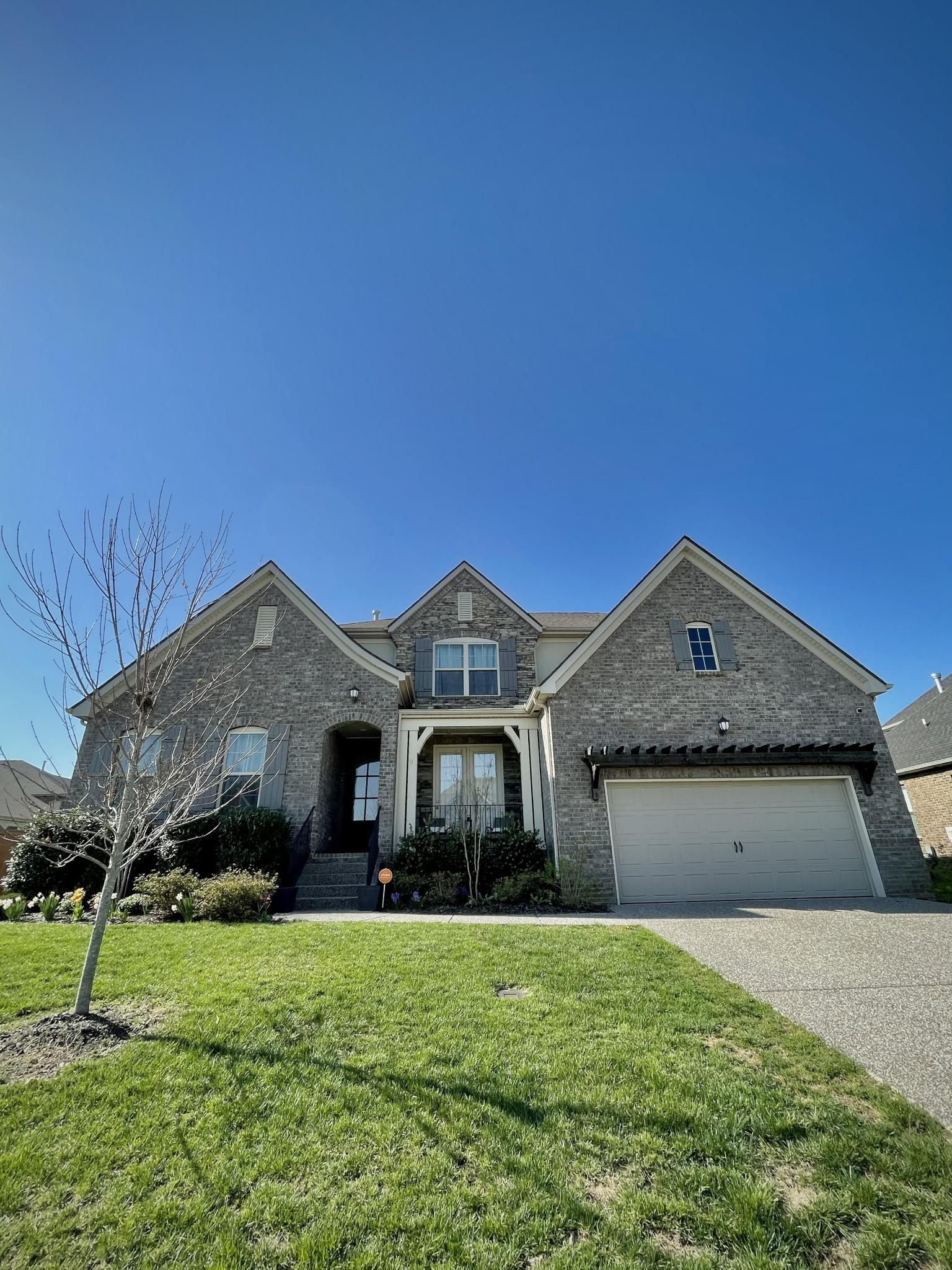 742 Burgess Dr Property Photo - Goodlettsville, TN real estate listing