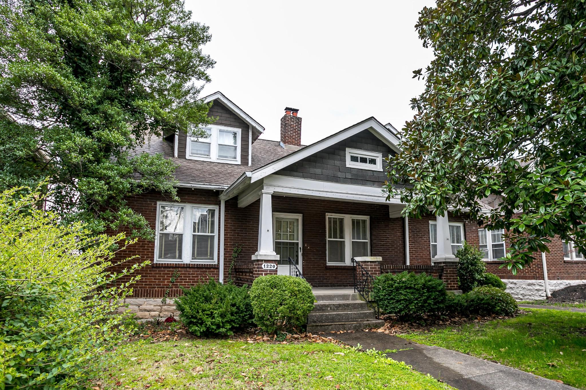 1220 17th Ave S Property Photo - Nashville, TN real estate listing
