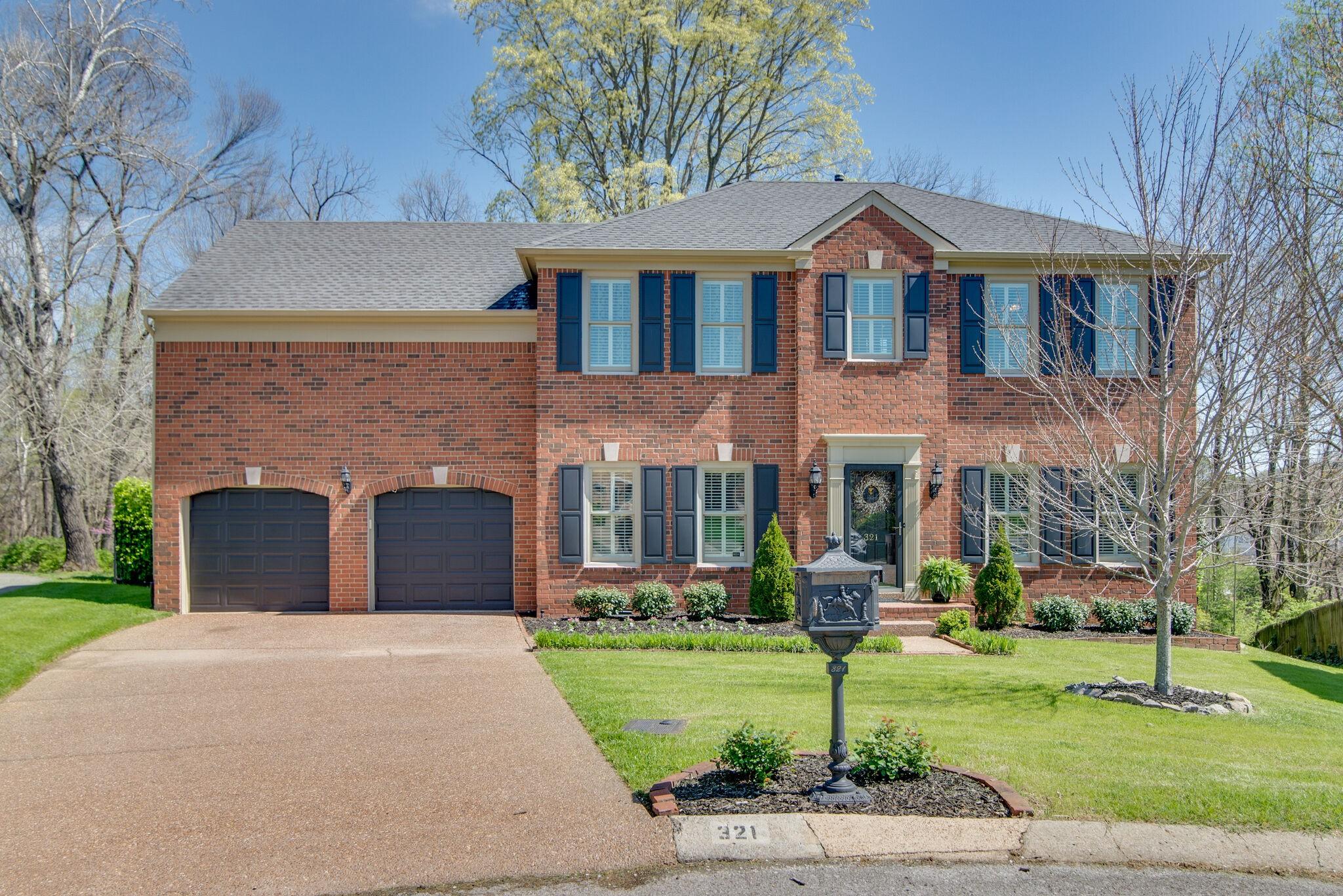 321 Fielding Crst Property Photo