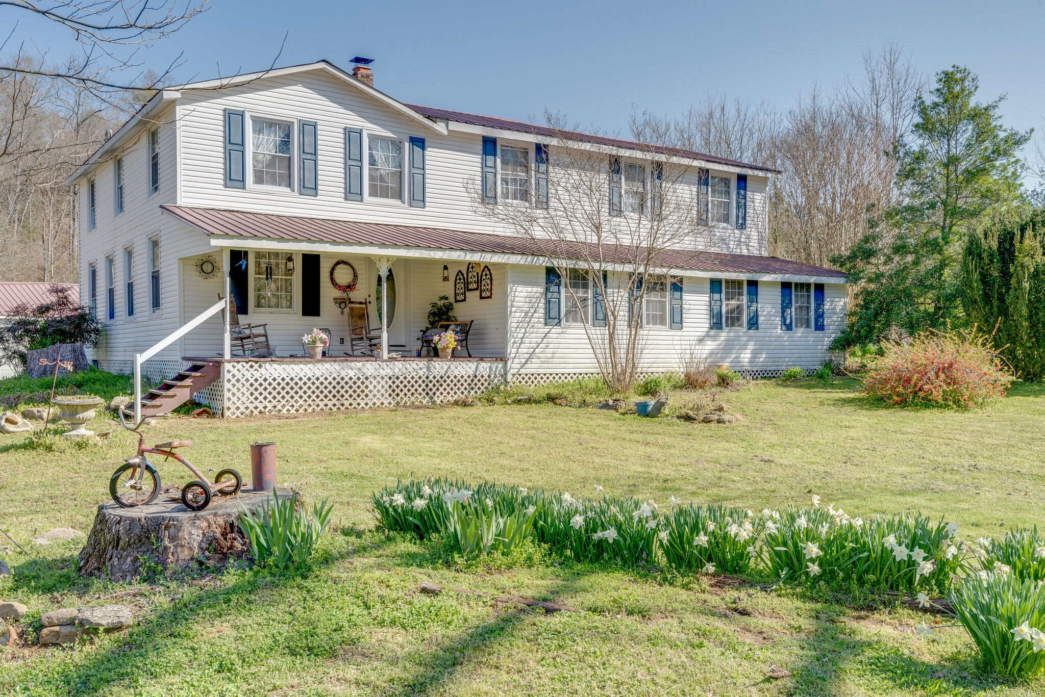 7263 Pinewood Rd Property Photo - Nunnelly, TN real estate listing
