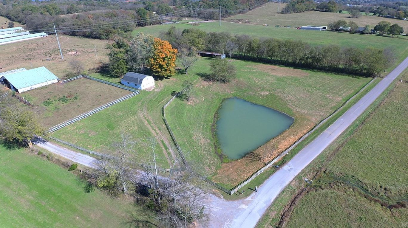 229 Higgins Rd Property Photo - Wartrace, TN real estate listing