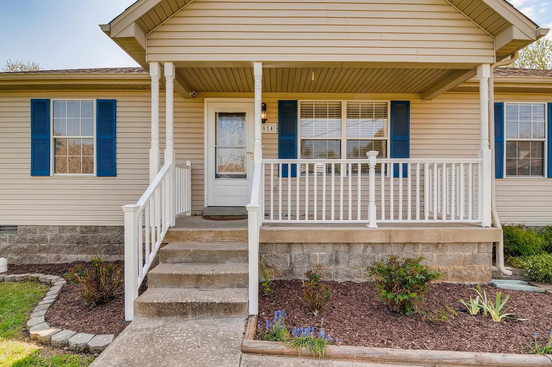614 Stone Meadow Ct Property Photo - LA VERGNE, TN real estate listing