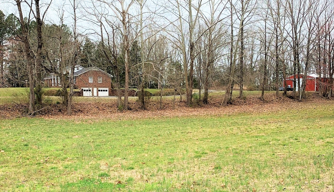 8505 Highway 100 Property Photo