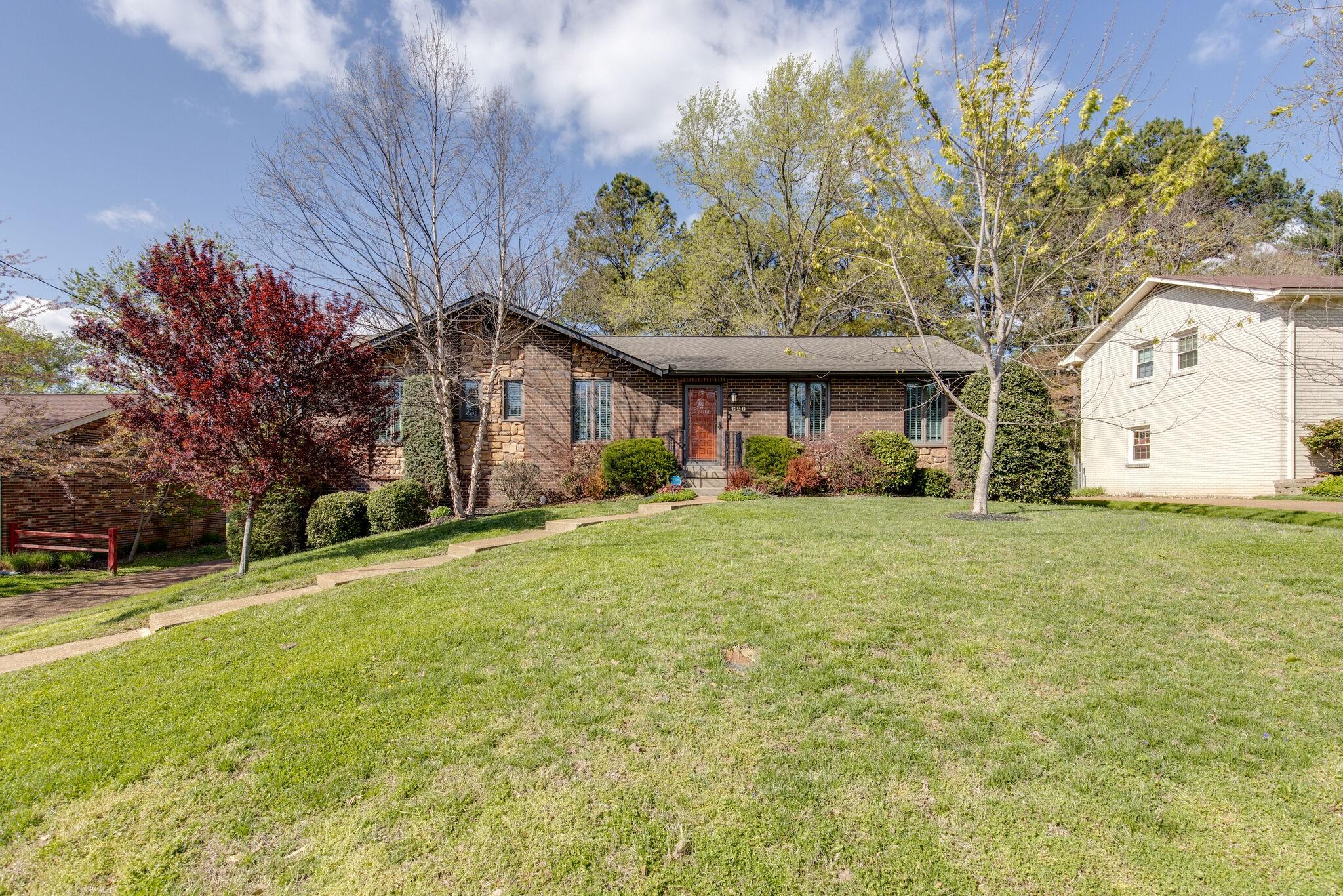 620 Huntington Ridge Dr Property Photo - Nashville, TN real estate listing