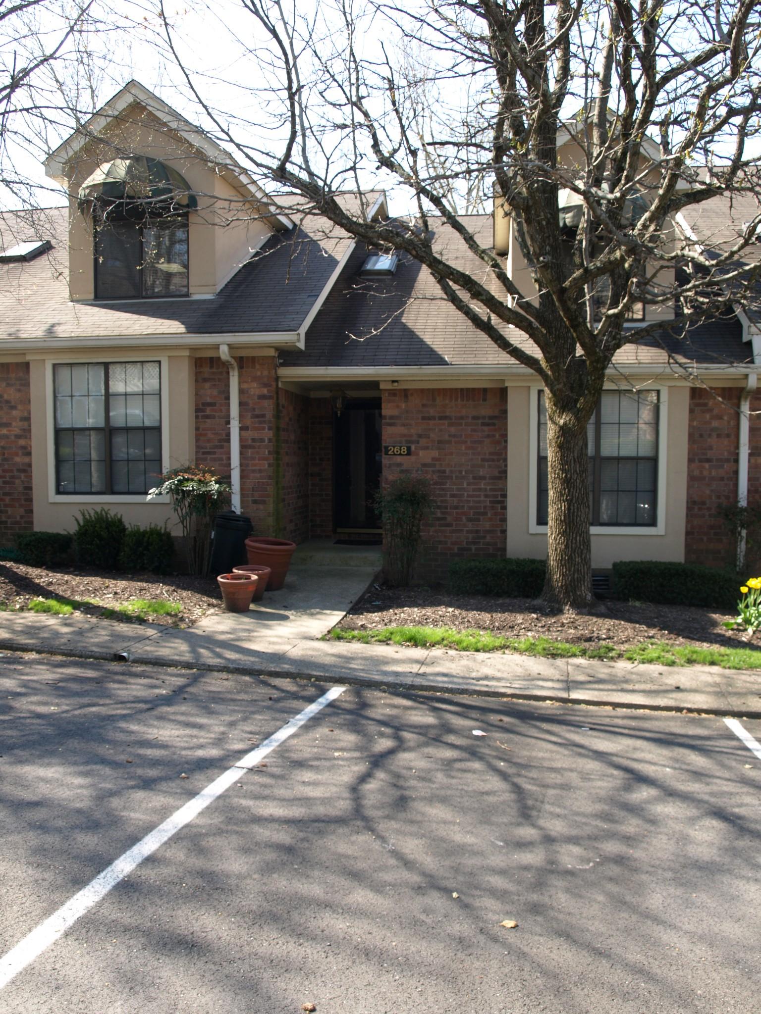 268 Glenstone Cir #122 Property Photo