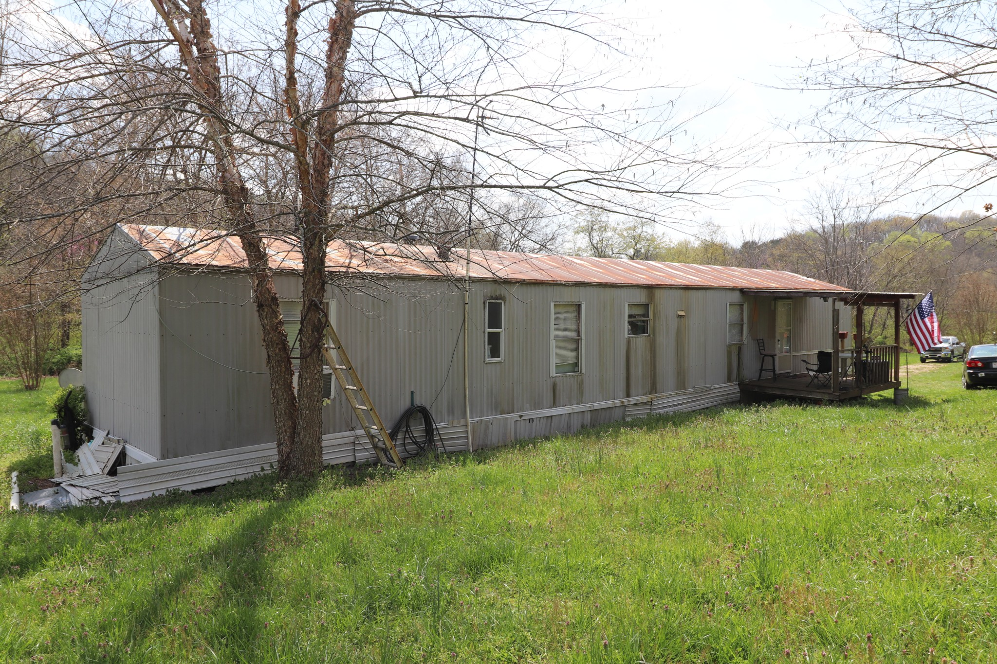 910 Woodmore Hollow Ln Property Photo - Hartsville, TN real estate listing