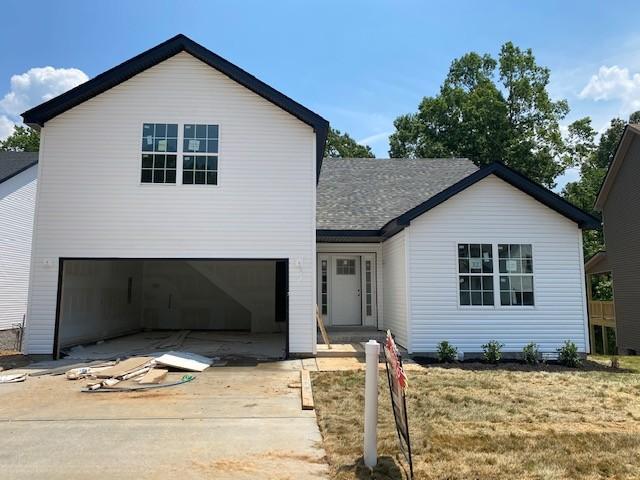 32 Woodland Hills Property Photo