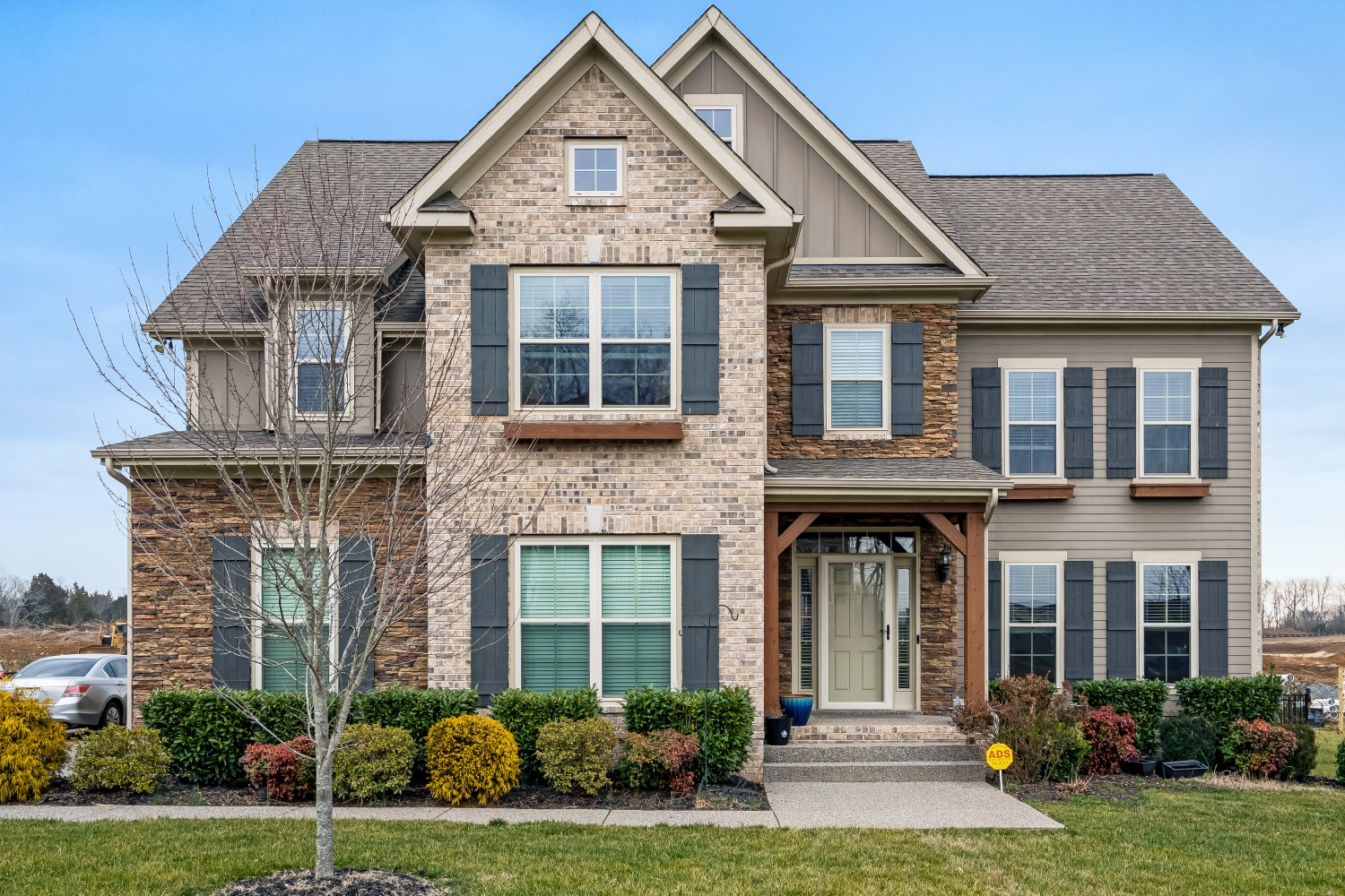 1386 Round Hill Ln Property Photo - Spring Hill, TN real estate listing