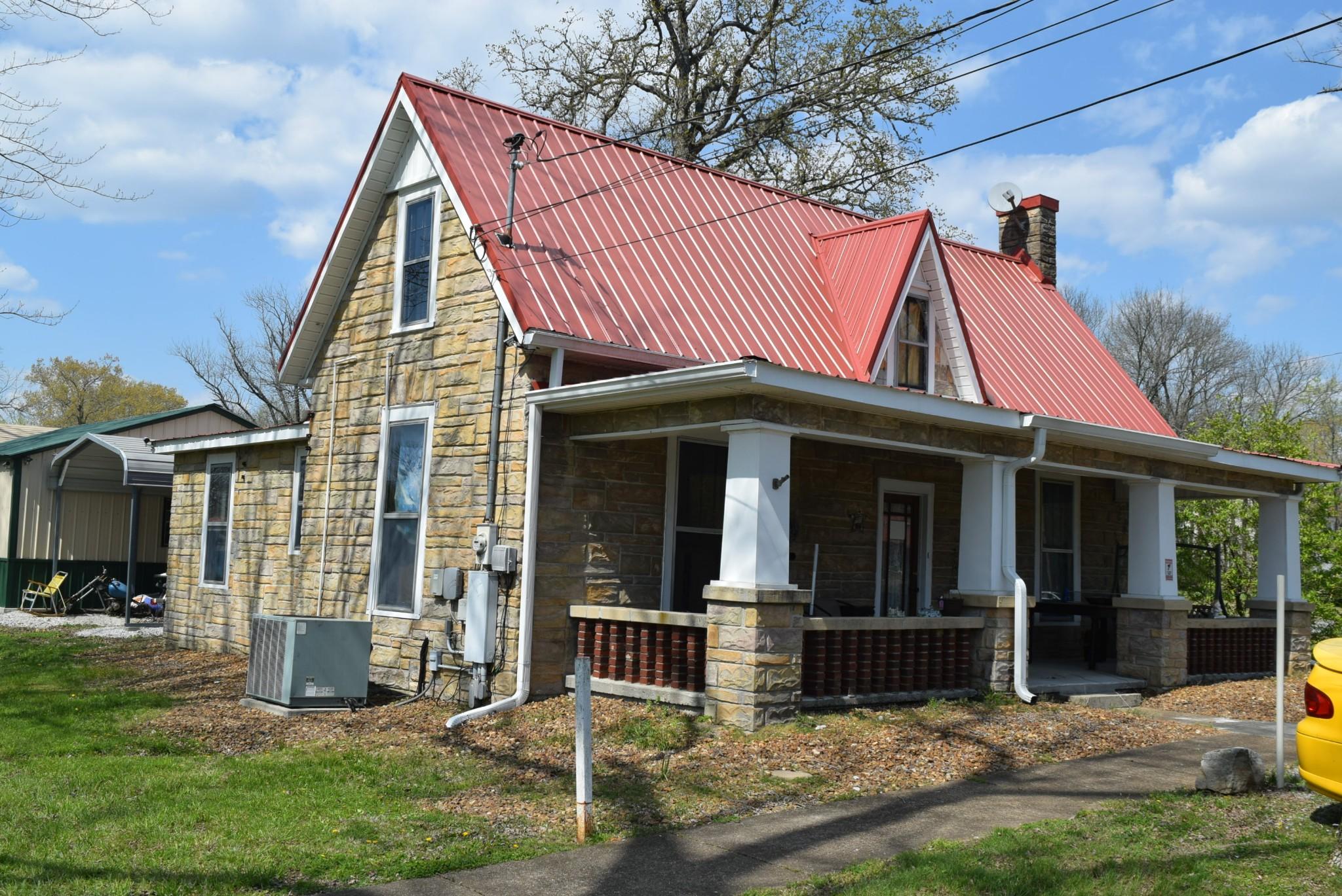 315 E Grundy St Property Photo - Tullahoma, TN real estate listing