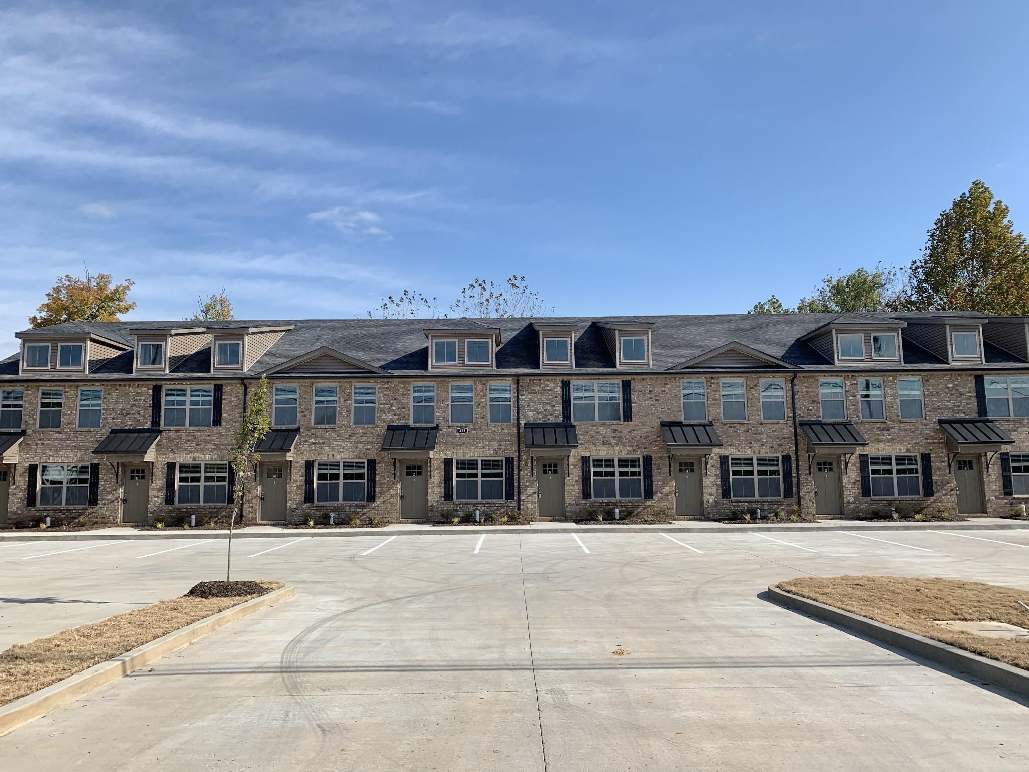 325 Landrum Place #c Property Photo