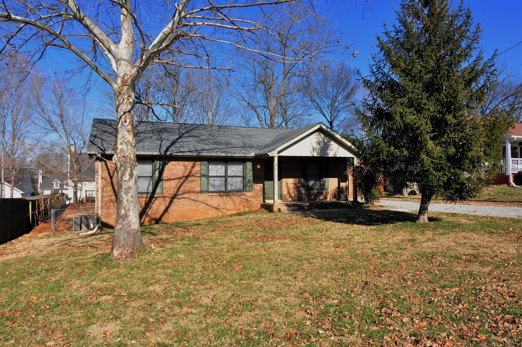 351 Erie Dr Property Photo