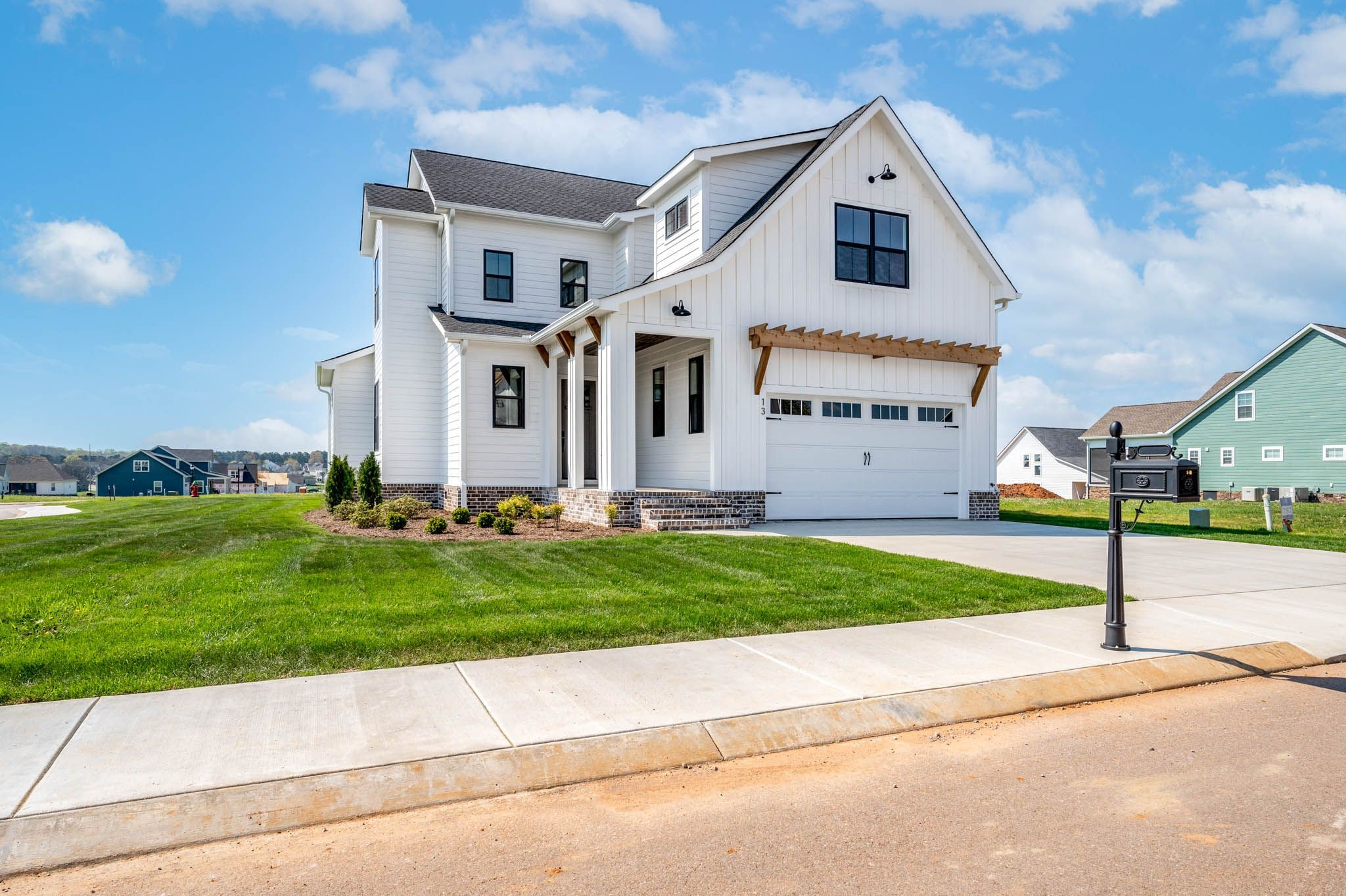 13 Lake Life Ct Property Photo - Winchester, TN real estate listing