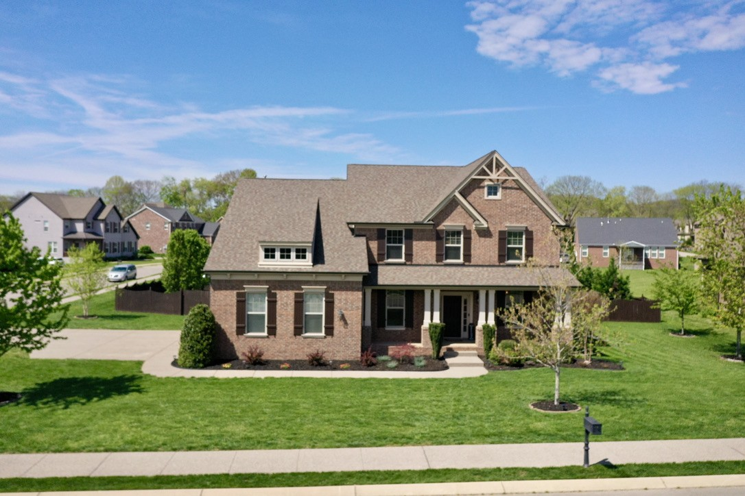 1065 Cantwell Pl Property Photo - Spring Hill, TN real estate listing